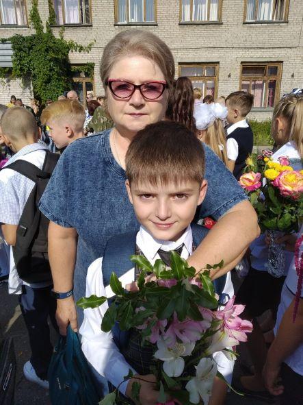 с бабушкой в школу
