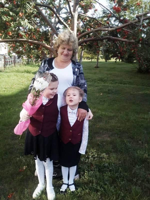 1 сентября - с бабушкой в школу